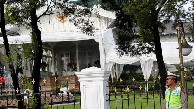 Suasana Jelang Akad Nikah Pernikahan Ibas-Aliya di Istana Cipanas