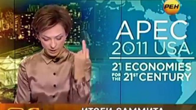Penyiar berita, Tatyana Limanova, beri jari tengah untuk Obama.