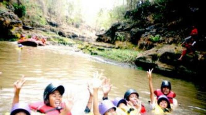 Rafting Anak-anak