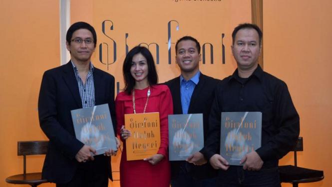 Peluncuran Buku Simfoni Untuk Negeri