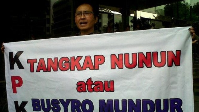 Artis Pong Hardjatmo demo KPK