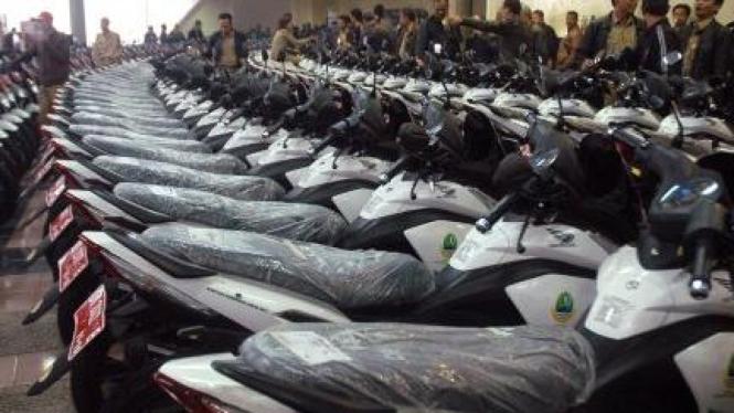 Ribuan sepeda motor hibah untuk Kepala Desa dan Lurah se-Jawa Barat