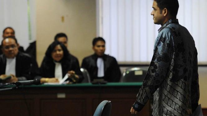 Sidang perdana M Nazaruddin di Pengadilan Tipikor