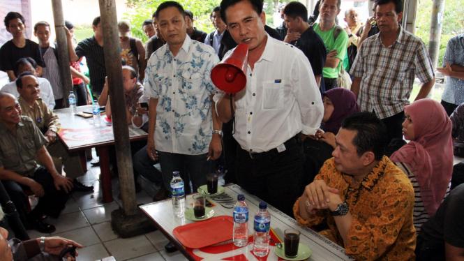 Yusril Ihza Mahendra, Bambang Soesatyo dan Adhie Massardi di diskusi Kampus UKI