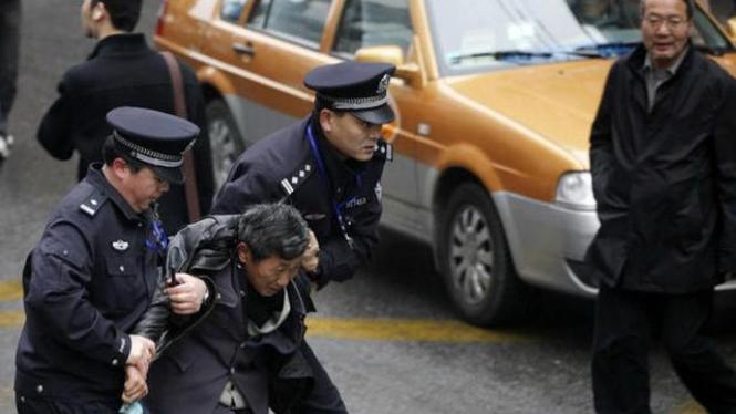 Polisi China menangkap seorang pria di Kota Shanghai