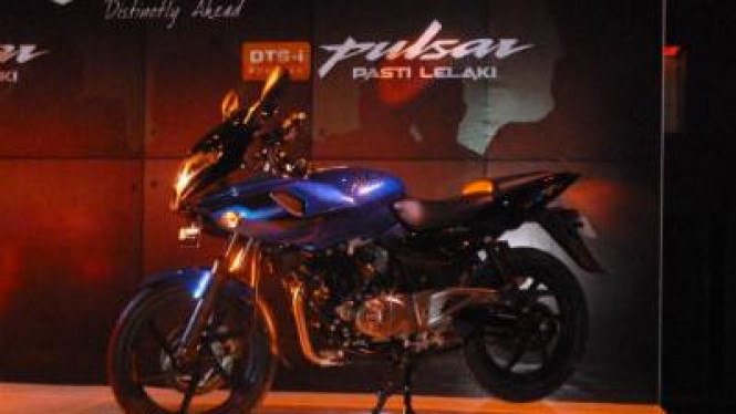 Pulsar 220 DTS-i New Decals (Plasma Blue-Midnight Black)