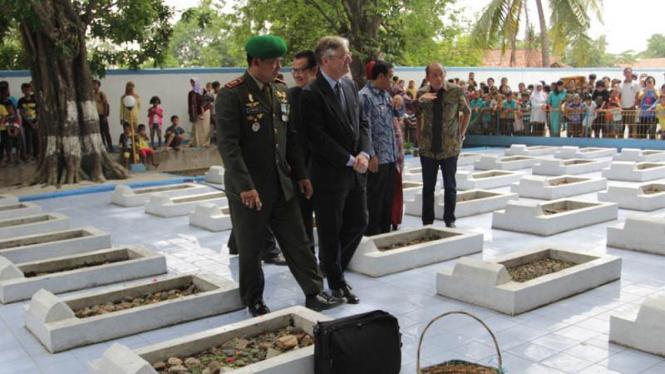Duta Besar Belanda Tjeerd de Zwaan Hadir Di Peringatan Peristiwa Rawagede