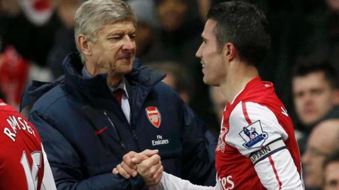 Arsene Wenger dan Robin van Persie