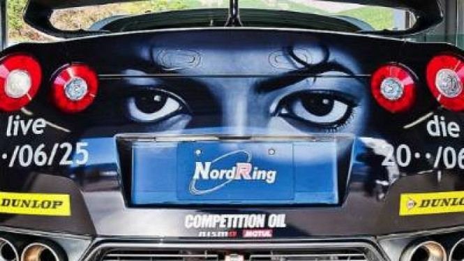 Nissan GT-R versi Michael Jackson