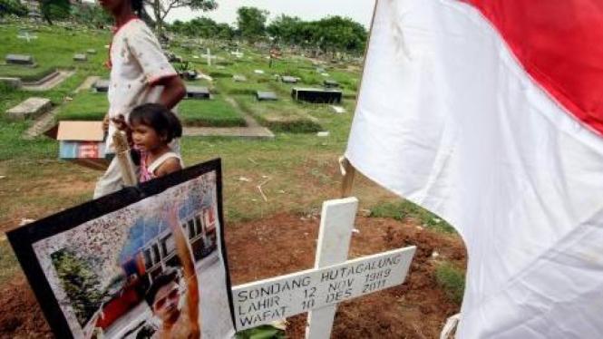 Makam Sondang Hutagalung yang tewas akibat bakar diri di depan Istana