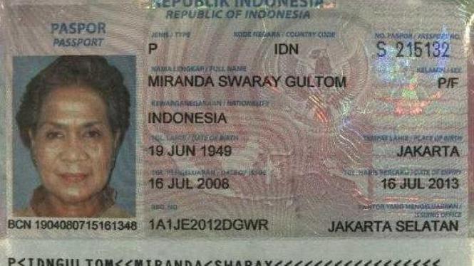 Paspor Miranda Swaray Goeltom