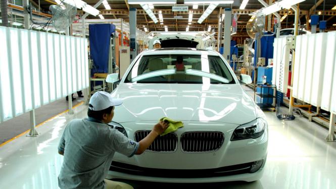 Launching Mobil BMW Seri 5