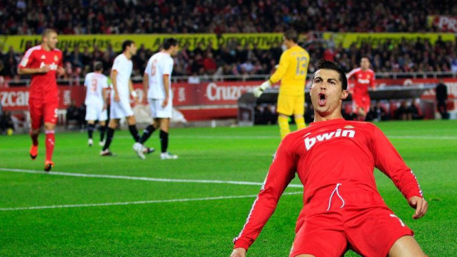 Cristiano Ronaldo usai membobol gawang Sevilla