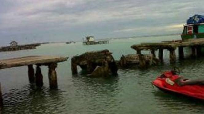 Dermaga Jembatan Cinta Pulau Tidung, Ambruk