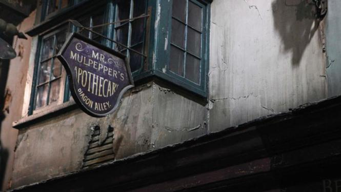 Mengunjungi Diagon Alley di kota London