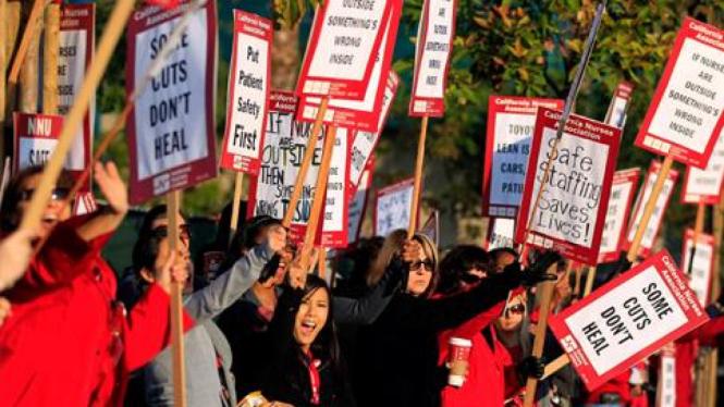 Demontrasi di California, Amerika Serikat.