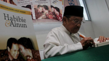 Launching Buku Habibie & Ainun Versi Inggris, Jerman, dan Arab