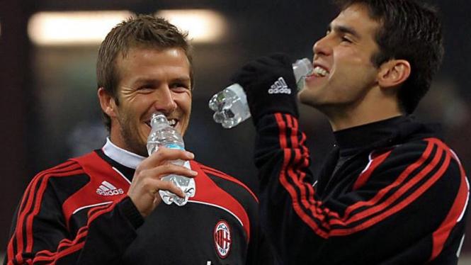 David Beckham (kiri) & Kaka