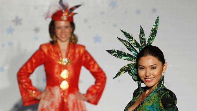 Kompetisi Desain Busana Batik Internasional