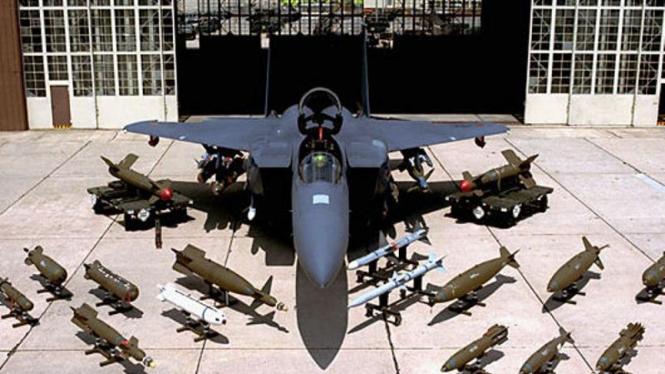 Pesawat Jet F-15