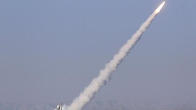 Uji coba nuklir Iran di Selat Hormuz