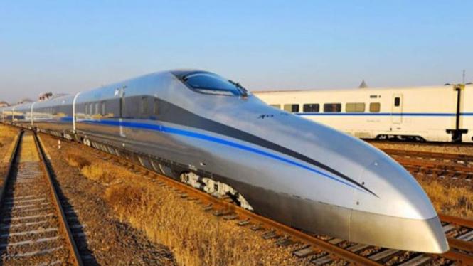 Kereta 310 mph tercepat  di China
