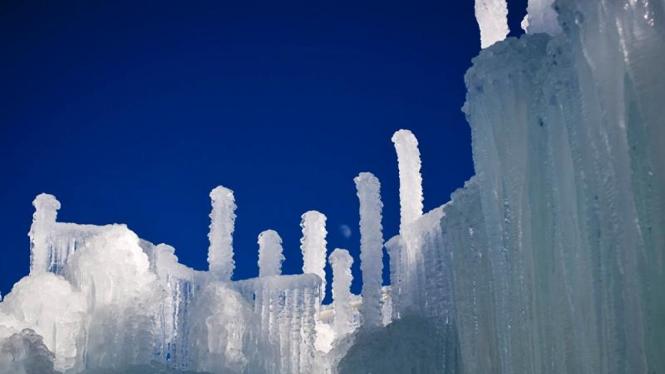 Istana Es di Colorado