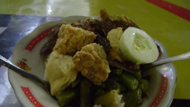 Salah satu menu makanan di Warung Mak Ti