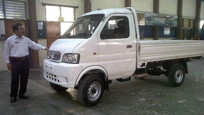 Mobil rakitan SMKN 2 Surabaya