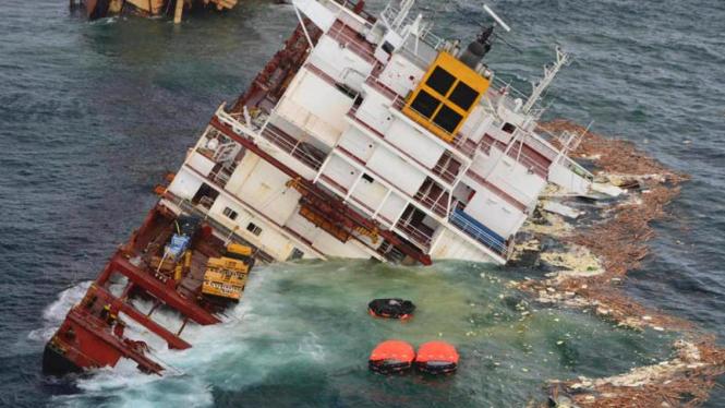 Kapal Tenggelam di Selandia Baru