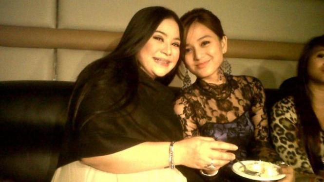 Annisa Bahar dan Juwita Bahar
