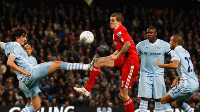 piala carling manchester city vs liverpool
