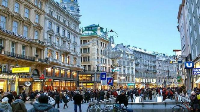 Mariahilfer Strasse, Vienna