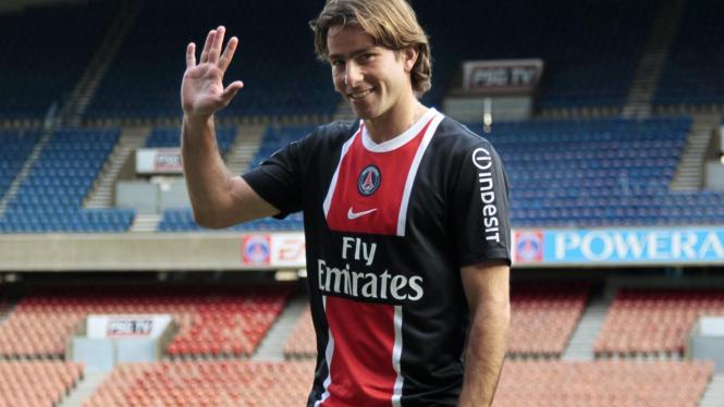 Maxwell sesudah konferensi pers di PSG