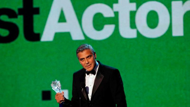 George Clooney Critics' Choice Movie Awards 2012