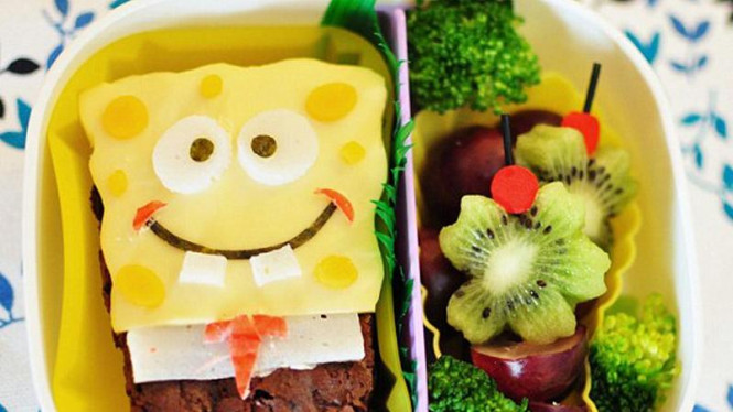 Kyaraben bentuk Sponge Bob