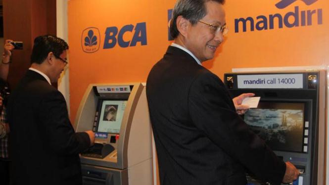 Kerja Sama ATM BCA dan Mandiri