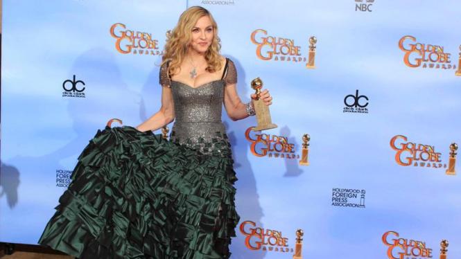 Madonna di acara Golden Globe Awards ke-69