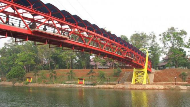 Jembatan Teksas di Universitas Indonesia