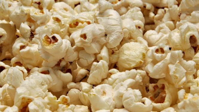 Berondong jagung (popcorn)