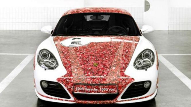 Porsche Cayman S edisi fans Facebook