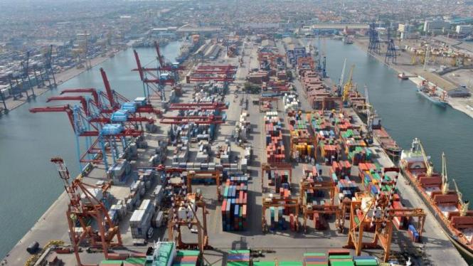 Pelabuhan Peti Kemas Pelindo II Tanjung Priok, Jakarta