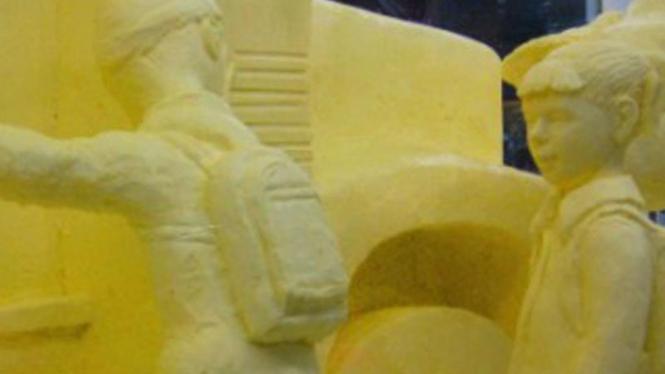 Festival patung dari mentega