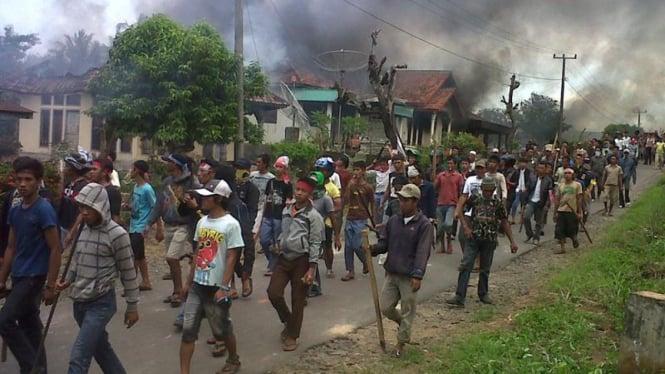 Bentrok di Kalianda, Lampung Selatan