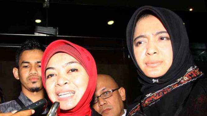 Politisi PAN, Wa Ode Nurhayati, ditahan KPK dan kuasa hukum Wa Ode Nur Zaenab