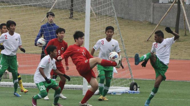 Hongkong vs Indonesia (putih-hijau)