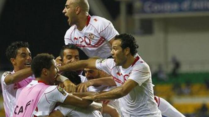 Pemain Tunisa rayakan kemenangan atas Maroko