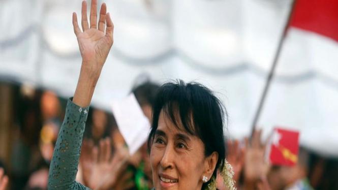 Aung San Suu Kyi berkampanye sebagai calon legislator Myanmar