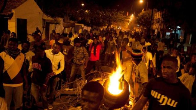 Demonstrasi protes Presiden Senegal Abdoulaye Wade maju lagi di Pilpres