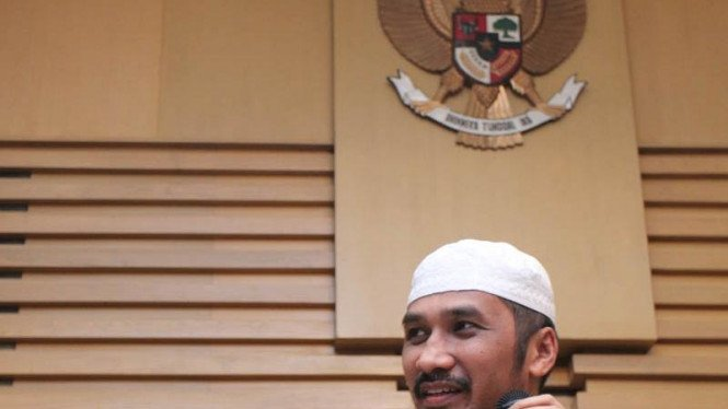 Ketua KPK Abraham Samad Umumkan Tersangka Baru Kasus Wisma Atlet